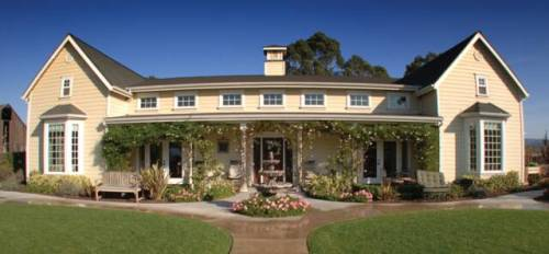 Santa Maria senior care home specializing in Alzheimer's, memory loss and other forms of dementia.